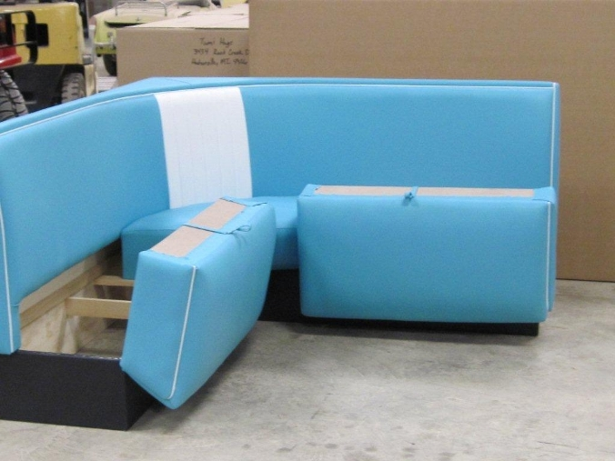 Storage Bench With Thick Cushion How To Hinge Finish Carpentry Contract